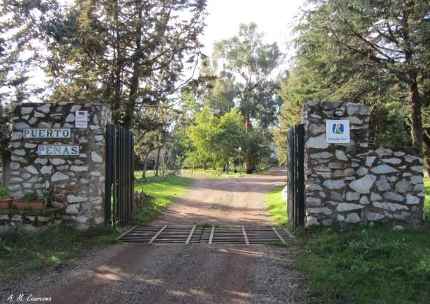 Entrada a Puerto Peñas