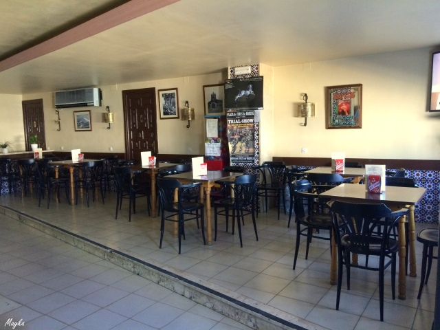 Bar Lopez Aroche (2)