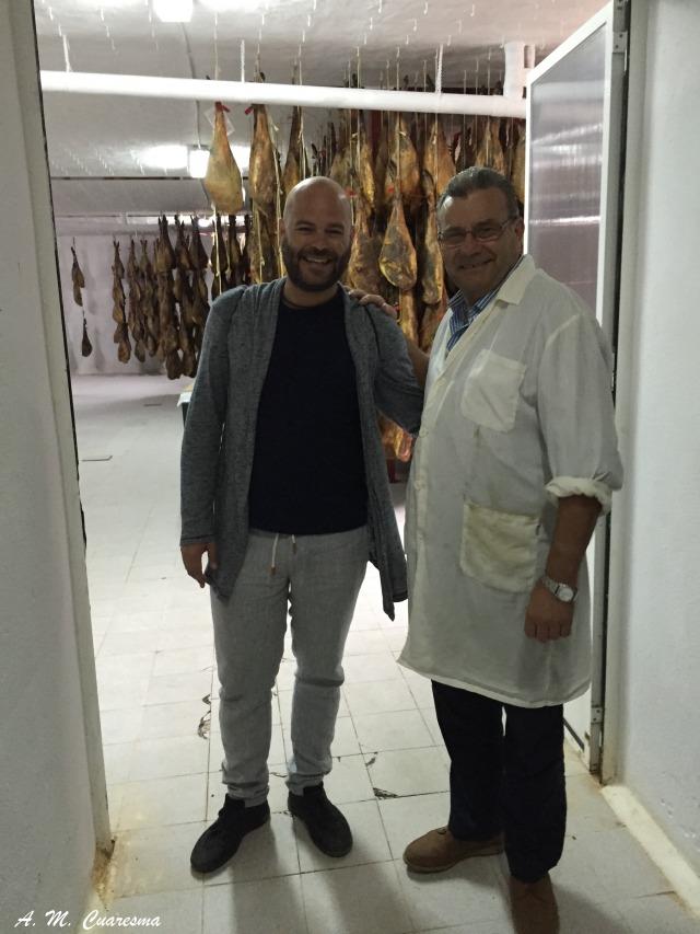 Junto a Manuel Ramos